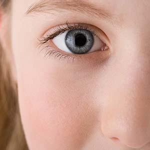 飞秒激光用于角膜移植手术的优势
